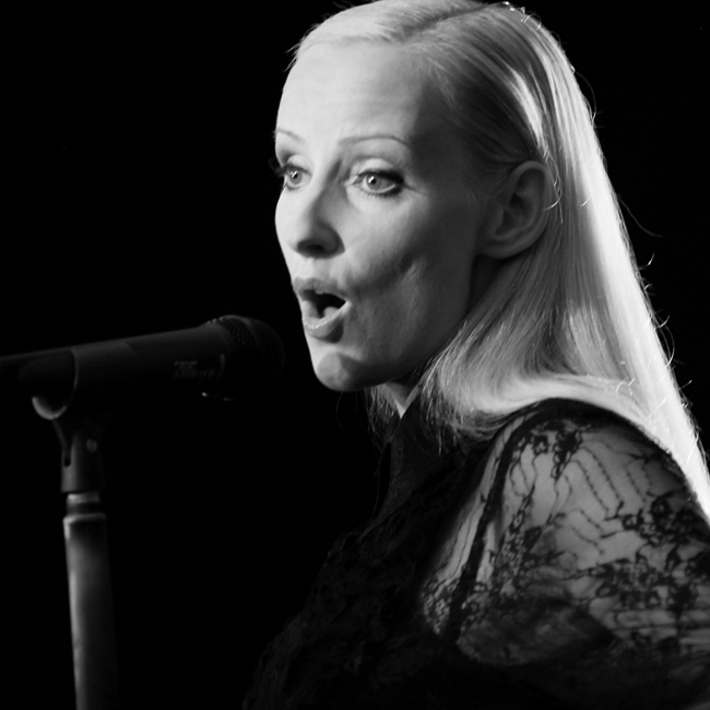 Profisängerin Anja Hackl - Stimmcoaching, Gesangsunterricht nach Maß